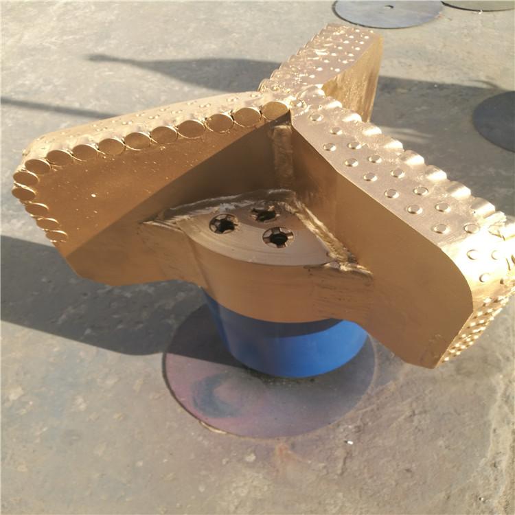 PDC三刀翼牙轮钻头可根据需求定制图片