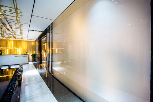 创美艺术白色烤漆玻璃定制工艺