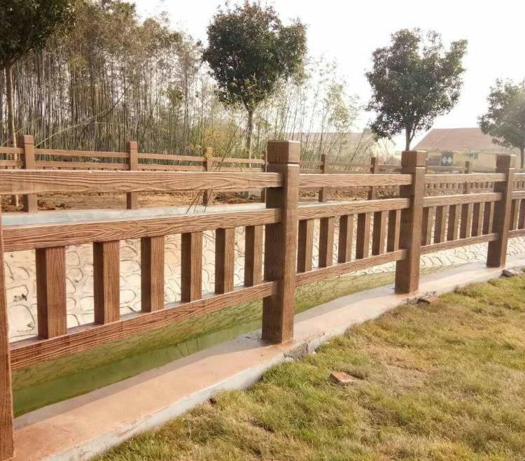 泰安水浒建材仿木护栏仿木栏杆水泥护栏景区护栏仿木花箱仿木护栏图片