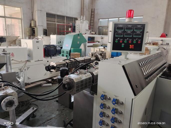 管材扩口机PVC管材生产线中空壁缠绕管生产线厂家直销图片