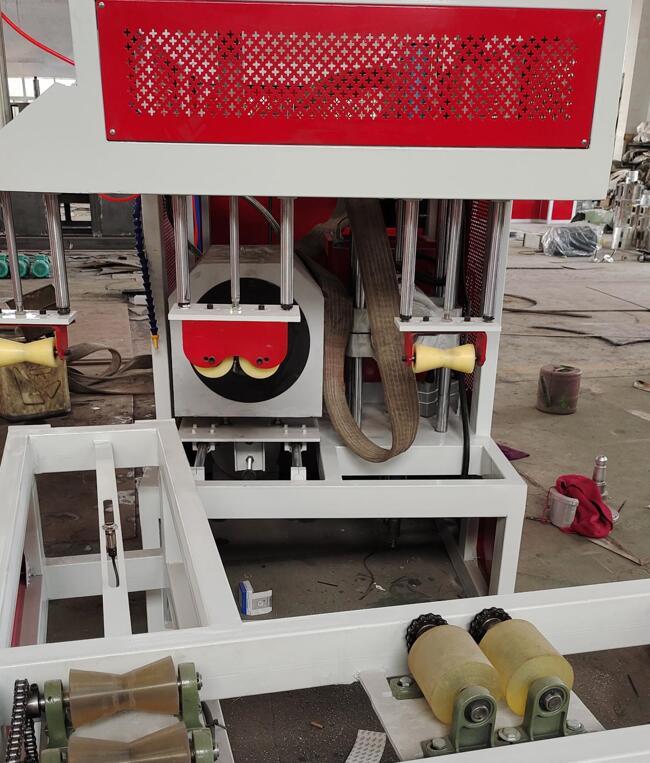 管材扩口机PE管材生产线中空壁缠绕管生产线价格实惠图片