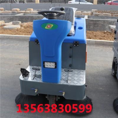 腾阳电动扫地车代替人工解决了各种清扫难题