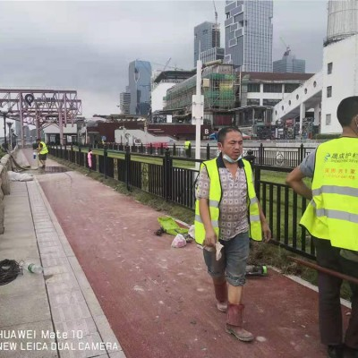 广州道路人行道护栏定做 佛山交通道路防护栏 公路护栏实体厂家图片