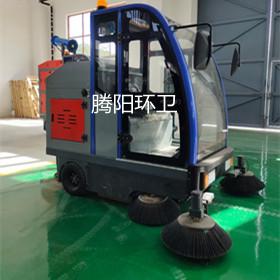 小区使用腾阳电动扫地车的注意事项图片