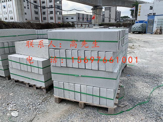石基路侧石供应商图片